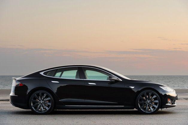 U-Turn: Weekly Recap: Tesla's sales ban fortified in Michigan as franchise laws draw fire