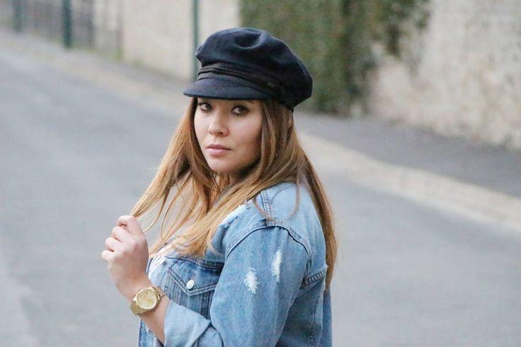 Hello tous le monde ! J'espère que vous avez passé un bon week-end J'ai reçu ma jupe dorée Zara et je n'ai pas attendu pour vous faire un outfit et vous la présenter ! Elle… View Full Post #jupedorée #jupemidi #zara #blogger #stradivarius #stjames #navylook