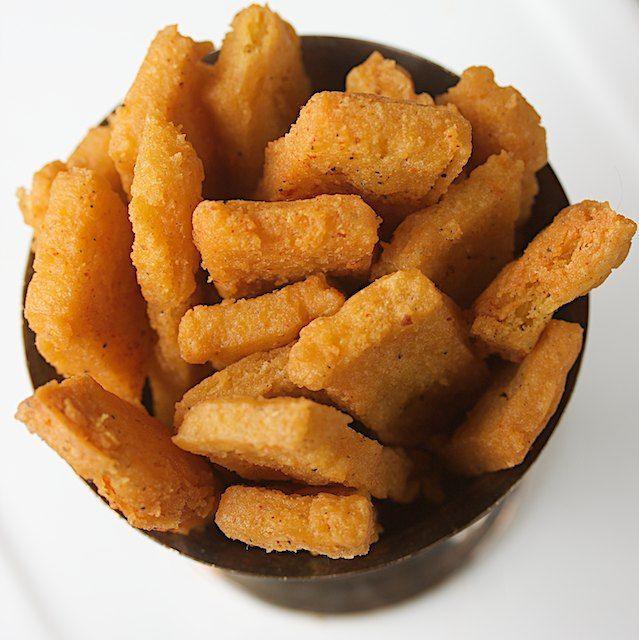 Besan (chickpea flour) Fries ~ Vegan & Gluten Free. Recipe from http://www.manifestvegan.com/2011/03/besan-fries/#.