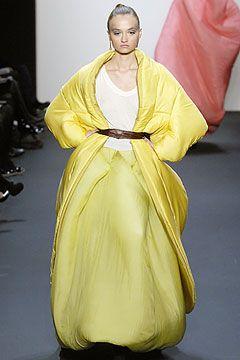 Toni Maticevski Fall 2007 Ready-to-Wear Collection on Style.com  tonimaticevski.com