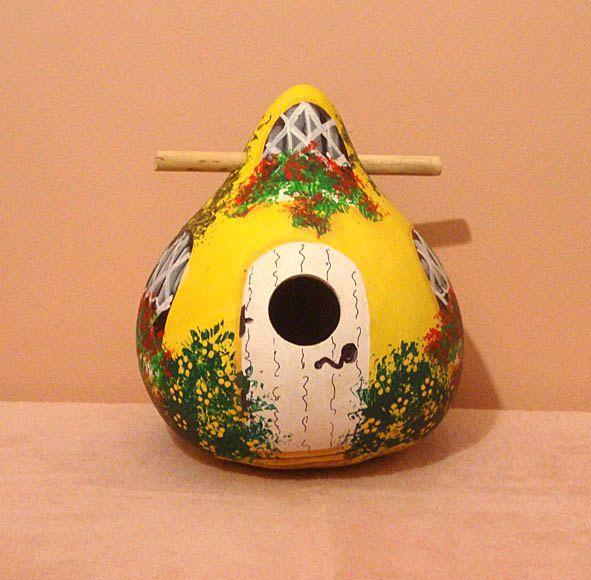 Lemon and White Kettle Gourd Birdhouse, Medium, Handpainted (GBHC483) by KaydeeCountryCottage on Etsy