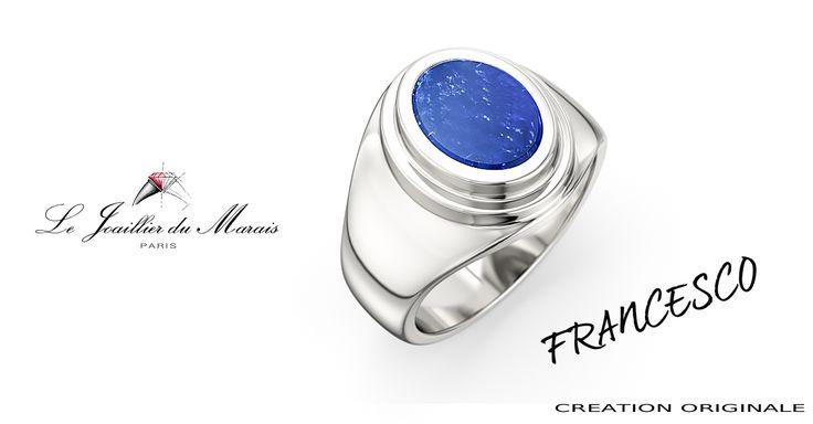 FRANCESCO est une chevalière en Or 18 Kt, avec une pierre ovale de 10.6X8.1 mm, soit 2.66 carats.