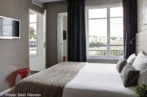 A room at the modern Best Western #Paris Porte de Versailles.