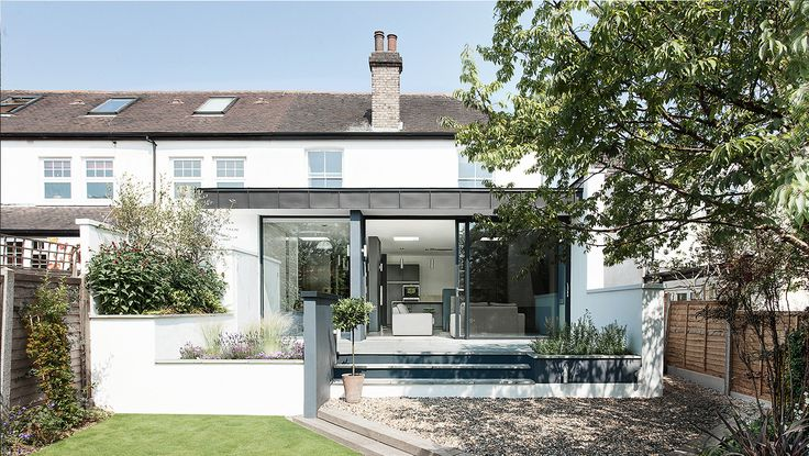 AR Design Studio transforms a dark north London house with a light and open modern extension. Elm Court is now a perfectly balanced modern working home, bursting with traditional values, contemporary style and innovative design, all within a very modest sized property. AR Design Studio