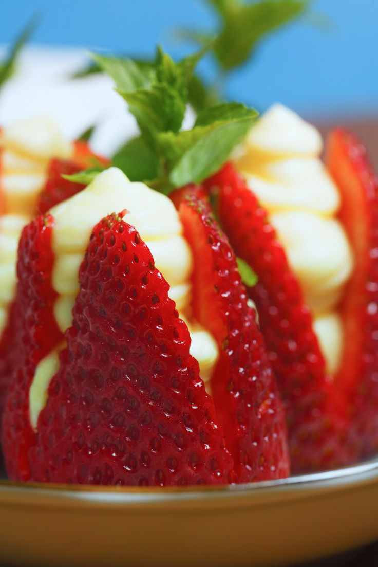 Strawberries filled with almond cream