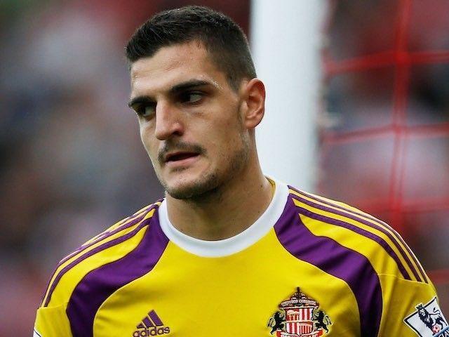 Sunderland goalkeeper Vito Mannone pens new two-year deal at Stadium of Light