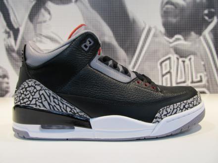 NIKE AIR JORDAN III RETRO BLACK/VARSITY RED-CEMENT GREY #sneaker