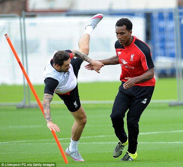Liverpool defender Andre Wisdom joins Norwich City on season-long loan deal