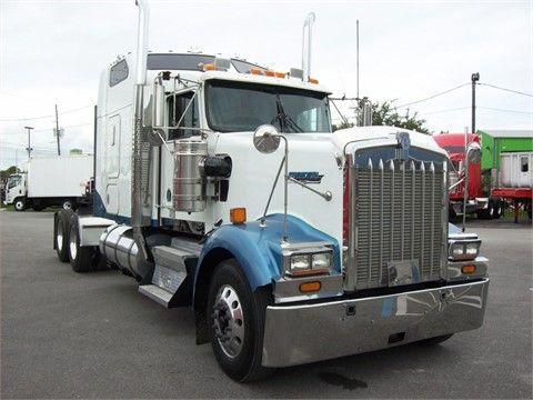 2005 KENWORTH W900L Heavy Duty Trucks - Conventional Trucks w/ Sleeper For Sale At TruckPaper.com