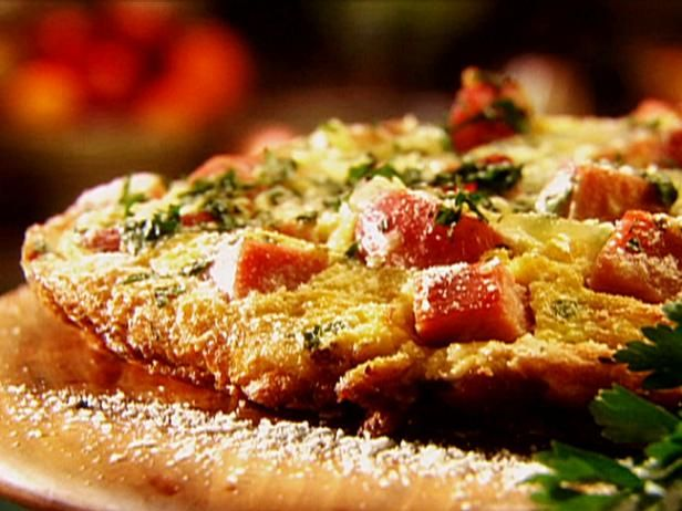 1150 best tyler florence images on pinterest postres tyler get smoked ham gruyere and caramelized onion frittata recipe from food network forumfinder