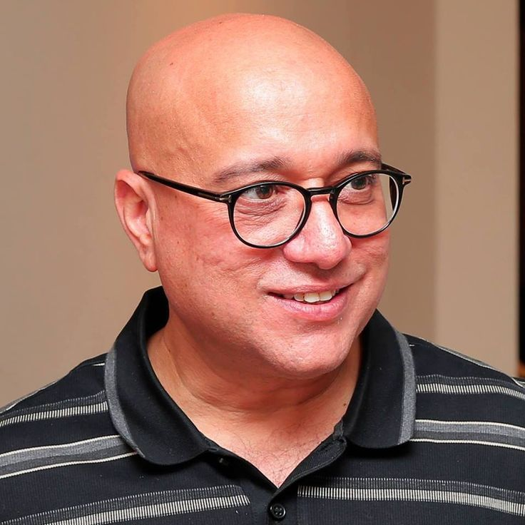 #kirankumar #lalithaajewellery What you get by achieving your goals is not as important as what you become by achieving your goals.