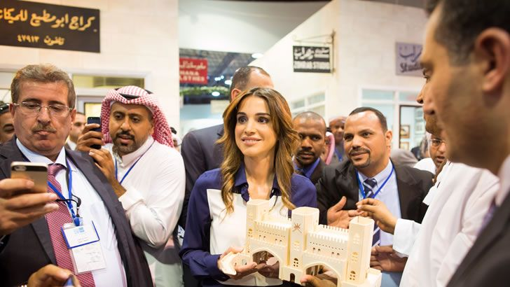Her Majesty Queen Rania Al Abdullah recently met a group of global journalists and social media representatives at the Royal Automobile Museum in Amman, visiting Jordan on a mega FAM trip hosted by the Ministry of Tourism in coordination with the Jordan Tourism Board (JTB).