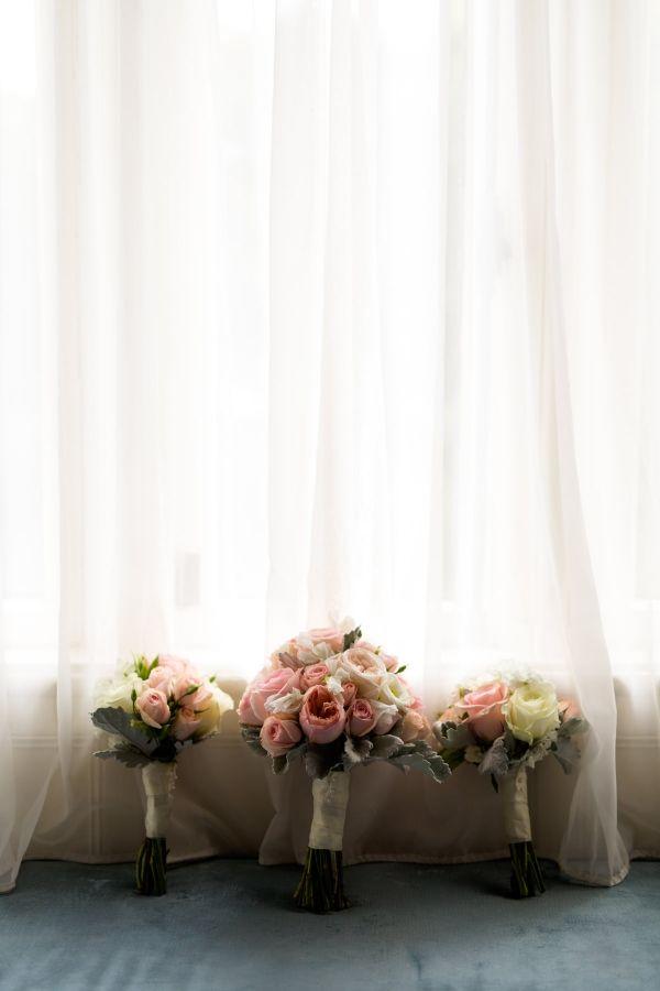 Photographe de mariage Sophie Asselin, Photographe Montréal | Wedding bouquets, pink and blush