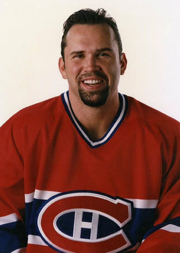 Dave Morissette : Ailier gauche originaire de Baie-Comeau, Morissette est sélectionné en 7e ronde (146e) par les Capitals de Washington lors du repêchage de 1991. Il signe avec Montréal comme joueur autonome le 10 juin 1998. Il a fait ses débuts dans la LNH et avec les Canadiens le 16 octobre 1998, disputant neuf autres parties avec le Tricolore lors de la saison 1998-1999. Il a disputé une autre partie avec les Canadiens la saison suivante, le 16 février 2000 à Atlanta, sa dernière dans la…
