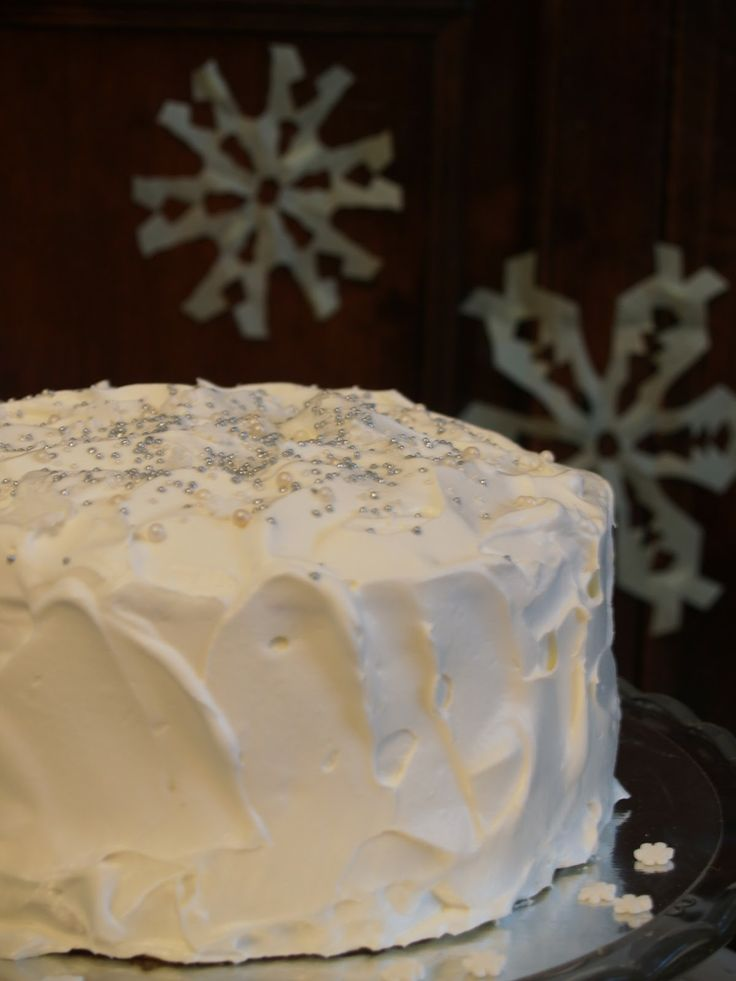 Doron kakku: Enkelikakkua ihanille vieraille!