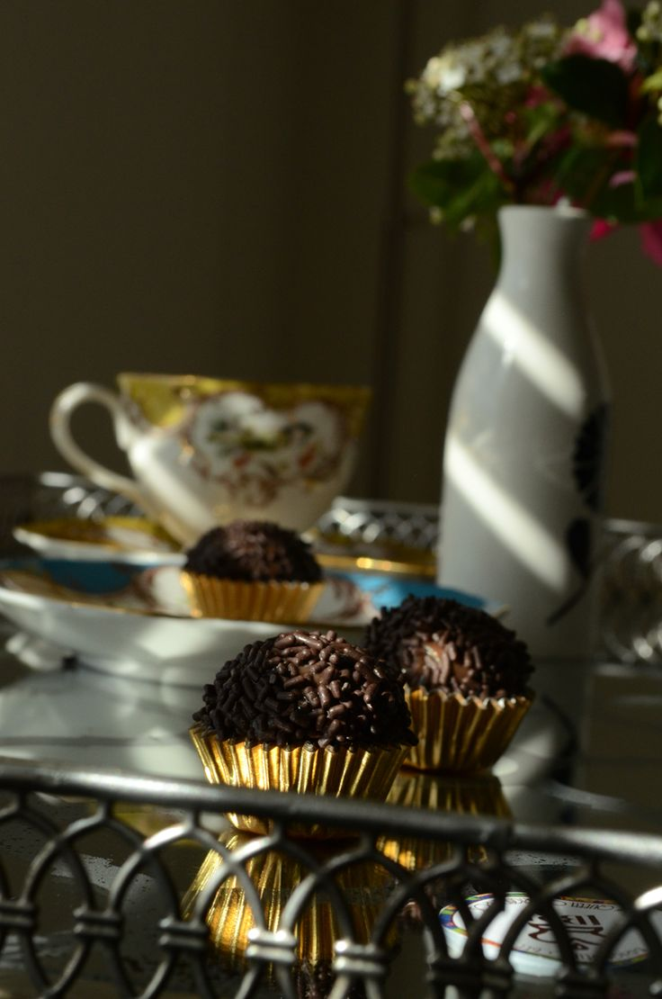 @BrigadeiroBee Instagram. Chocolate Brigadeiros