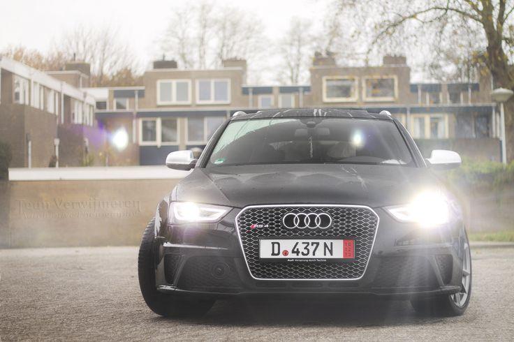 Audi RS4 B8.