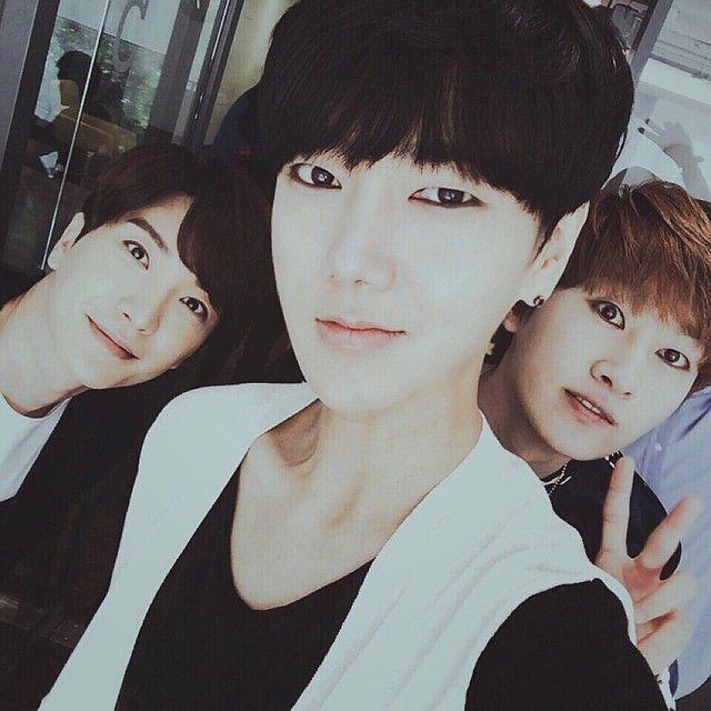 Yesung's IG with Leeteuk + Eunhyuk