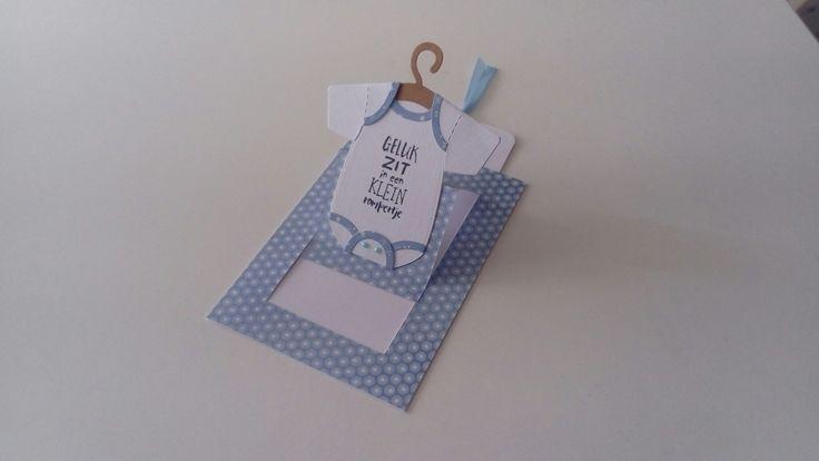 Pop up slider card met rompertje (Eline's baby)
