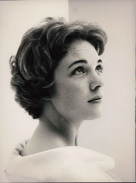 vintagebreeze: Julie Andrews. - How Could I Not Love Julie Andrews?!