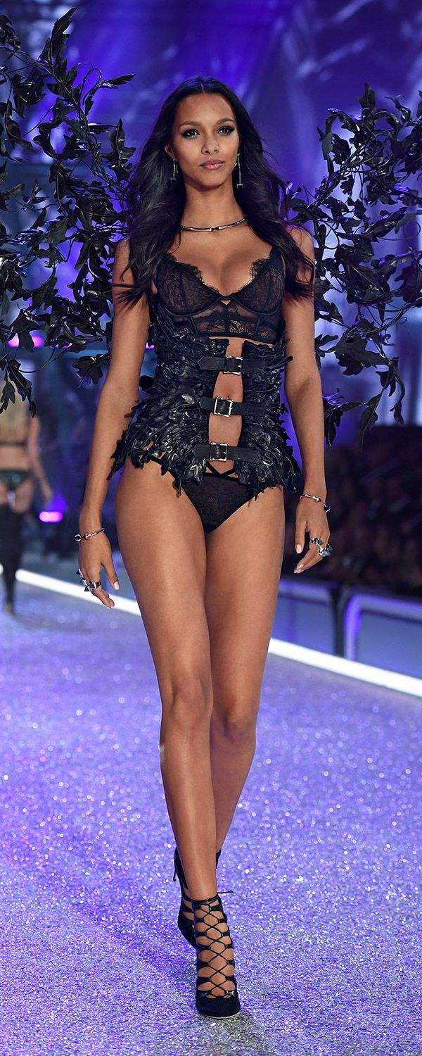 Runway Secret: Lais Ribeiro's wings & corset were made with 1,200 hand-stitched & sculpted leather leaves. | Own The Look: Victoria's Secret Fashion Show