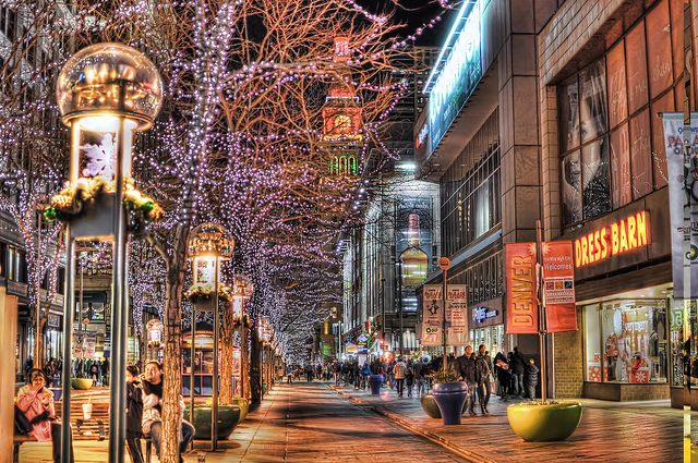 night scene of the 16th street mall in denver lit up for. Black Bedroom Furniture Sets. Home Design Ideas