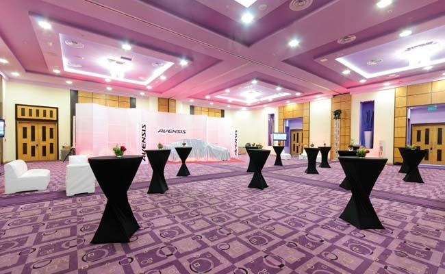 Hotel riu plaza panama with a focus on business guests for Sala 976 latin palace