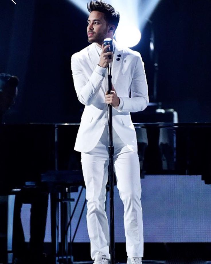 Prince Royce rocked the Latin Grammys just sayin