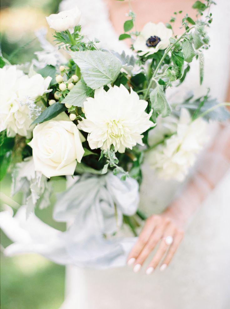 31 best Hochzeit - Weiß images on Pinterest | Bridal bouquets ...