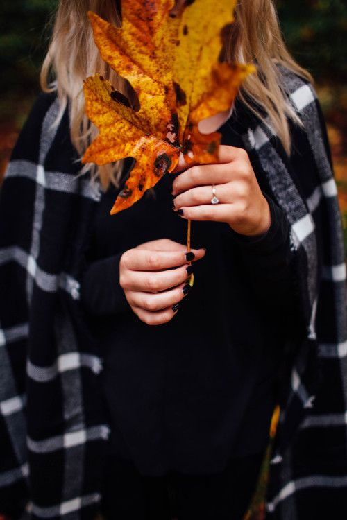 бурлящая пучина фото с листьями на аву мере