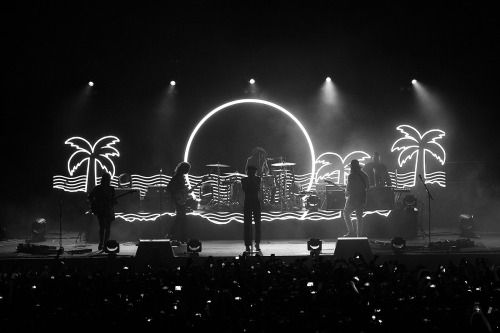 °•.* Pinterest || hopepapworth ∆ The Neighbourhood - Wiped Out Tour