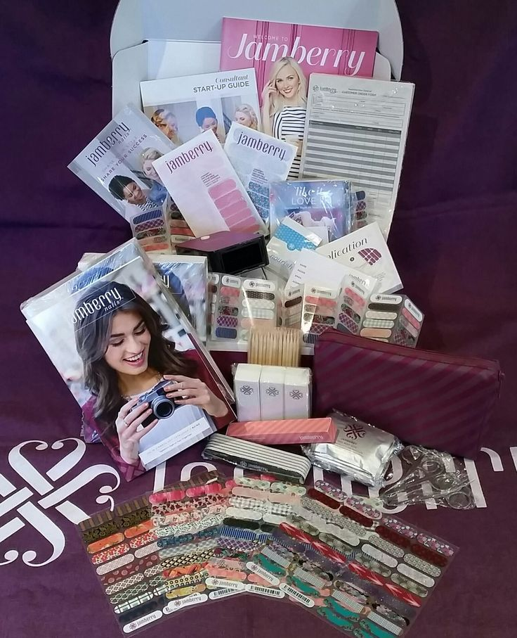 Wanna have pretty nails at a discount?  Check out this amazing kit and the possibilities will be endless!