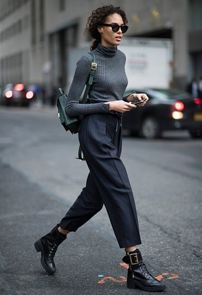 This model off-duty look is workwear perfect