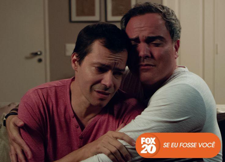 Nada como um ombro amigo para superar todos os problemas.  Se Eu Fosse Você - Final de temporada, hoje, 22H30  #EuCurtoFOX Confira conteúdo exclusivo no www.foxplay.com