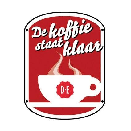 DE koffie staat klaar....elke dag.....  met Liefde ingeschonken...  met veel Liefde gedronken.!!!!!  NEJE.
