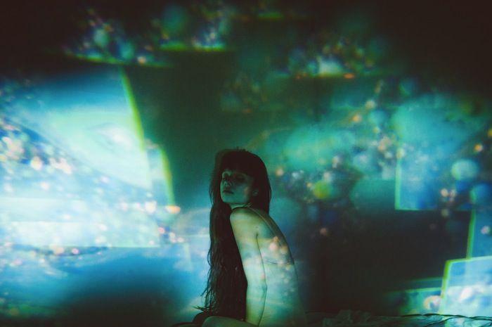 Psychedelic portraits by photographer Dennis Auburn. More on ignant.de...