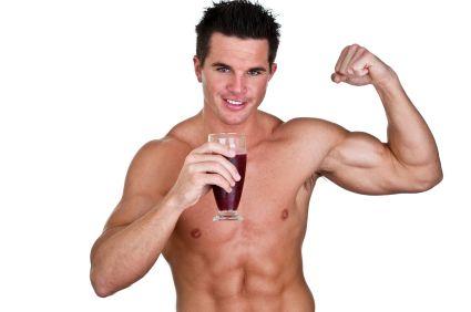 Protein Shake selber machen - das Minuten Rezept: Der ultimative Eiweiß Drink liefert Power auch nach dem Training für Muskelaufbau und Abnehmen. Lecker!