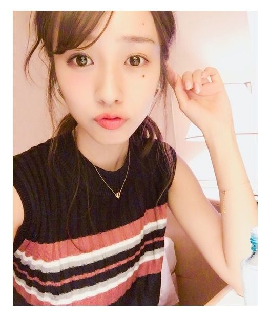 """【前田希美/モデルプレス=7月19日】雑誌「Popteen」専属モデルで女優の""""まえのん""""こと前田希美が19日、自身のブログにて半分メイク、半分すっぴんの""""半顔メイク""""写真を公開。ファンから反響が寄せられている。"""