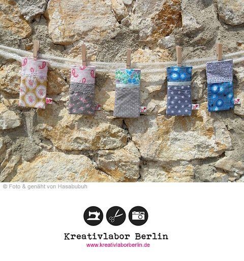 Kostenloses Schnittmuster für die Handytasche: http://www.kreativlaborberlin.de/naehanleitungen-schnittmuster/suesse-handytasche-bzw-smartphonetasche/