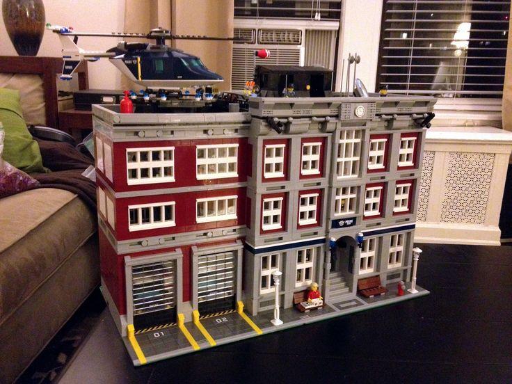 Modular LEGO Police Station - A Lego a Day