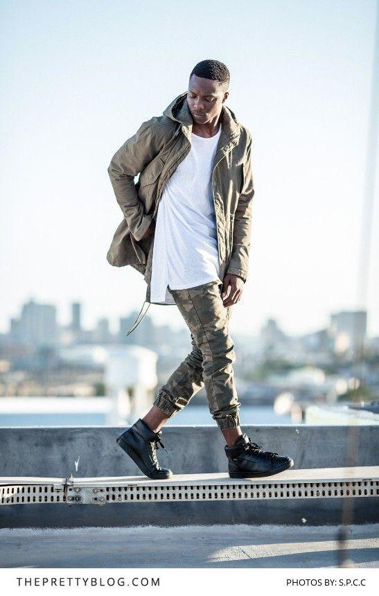 Calça Jogger. Macho Moda - Blog de Moda Masculina: CALÇA JOGGER MASCULINA: Dicas de Onde Comprar no Brasil. Moda Masculina, Moda para Homens, Roupa de Homem, Street Wear. Calça Jogger Camuflada, Tênis All Black
