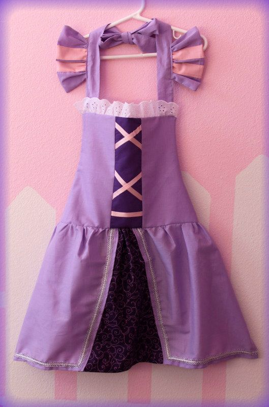 Tangled Rapunzel Inspired Apron.   Any little princess would love to put this on and have hours of fun playing dress up or being the Princess Chef of the kitchen!!