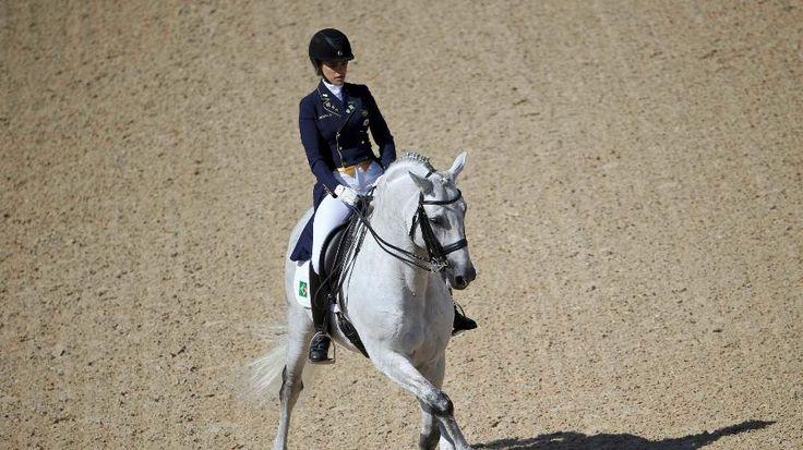 Olimpíada Rio - 2016. Luiza Almeida, brasileira, compete no adestramento do Concurso Completo de Equitação (CCE) na Rio - 2016.  Fotografia: Reuters.