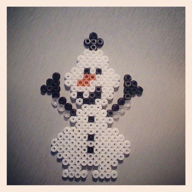 Olaf Frozen hama perler beads by marinesfactory