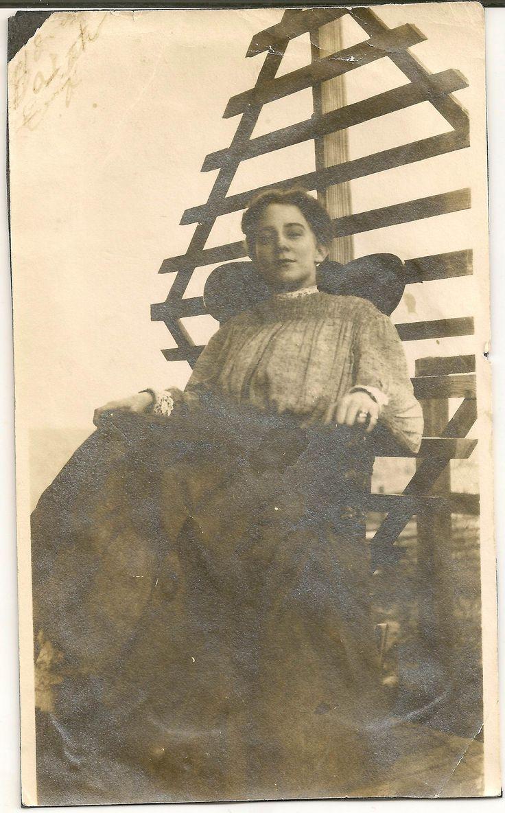 Josephine Earp (?) | Jewish Women's Archive