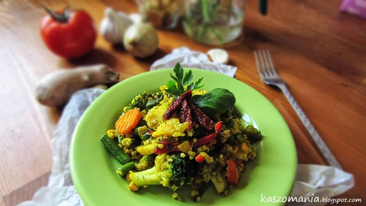 Kasza jaglana z warzywami na patelnię