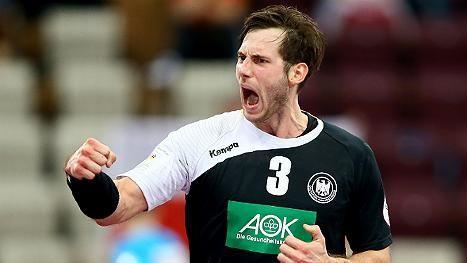 Das sind die neuen deutschen Handball-Helden! http://www.focus.de/sport/videos/starker-wm-sieg-gegen-polen-das-sind-die-neuen-deutschen-handball-helden_id_4411585.html Freitag, 16. Januar Polen - Deutschland 26:29. Sonntag, 18. Januar: Deutschland - Russland 27:26