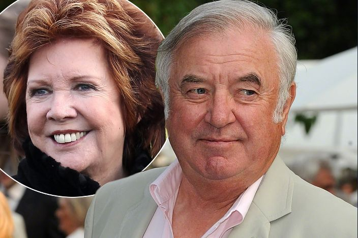Jimmy Tarbuck to mention Cilla's late husband Bobby in emotional funeral reading http://www.mirror.co.uk/3am/celebrity-news/cilla-black-funeral-jimmy-tarbuck-6283517…