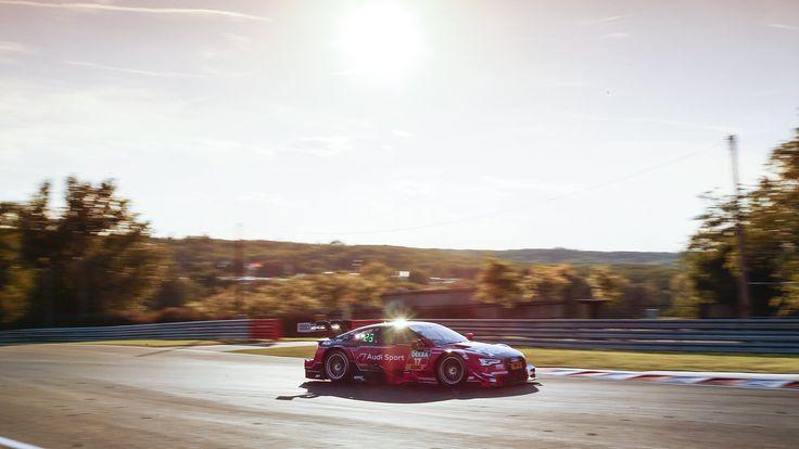 MIGUEL MOLINA #17 Audi Sport Team Abt Sportsline