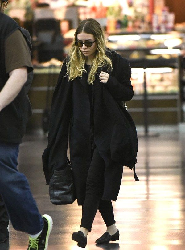 Olsens Anonymous Blog Style Fashion Get The Look Ashley Olsen Goes Black On Black At Lax Airport Round Sunglasses Wavy Hair The Row Coat Scarf Croc Bag Pants Leather Loafers Candid 1 photo Olsens-Anonymous-Blog-Style-Fashion-Get-The-Look-Ashley-Olsen-Goes-Black-On-Black-At-Lax-Airport-Round-Sunglasses-Wavy-Hair-The-Row-Coat-Scarf-Croc-Bag-Pants-Leather-Loafers-1.jpg